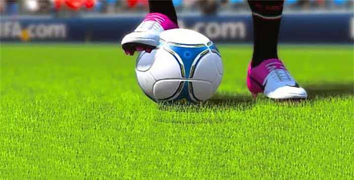 Weak Foot on FIFA 13 Ultimate Team